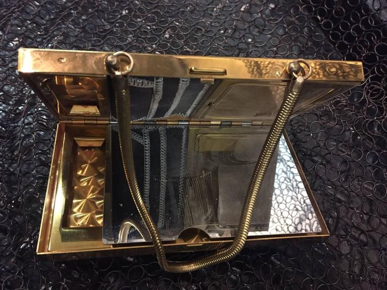1950s Gold-Tone Rhinestone Encrusted Evening Compact with Chain Handle For Sale 1