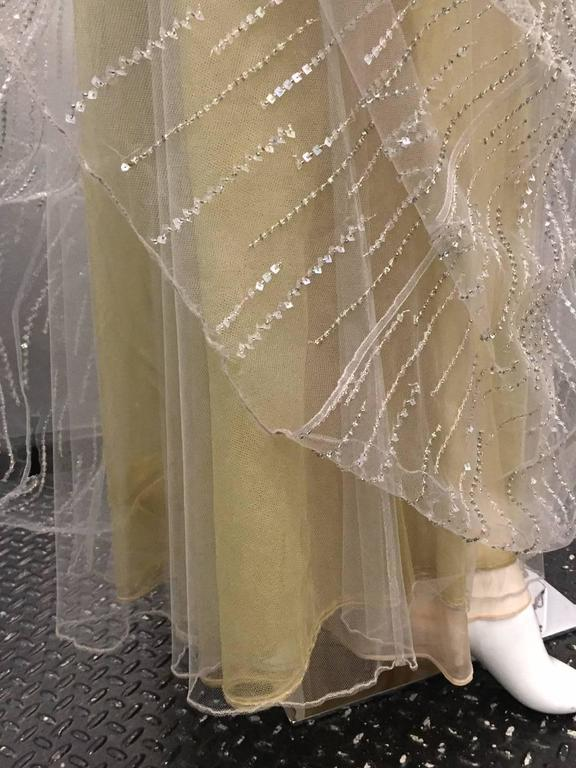 Oscar de La Renta Etherial Beaded and Sequined Tulle Gown  For Sale 2