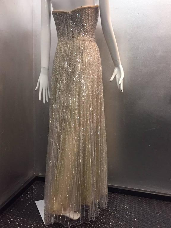 Oscar de La Renta Etherial Beaded and Sequined Tulle Gown  In Excellent Condition For Sale In San Francisco, CA