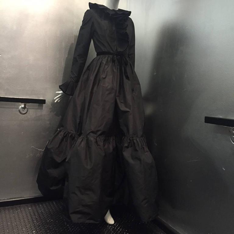 1970s Oscar de La Renta Black Taffeta Peasant-Inspired Evening Gown w/ Ruffles  3