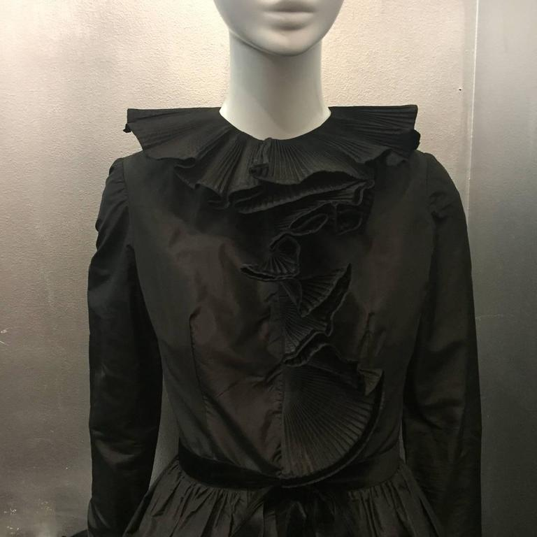 1970s Oscar de La Renta Black Taffeta Peasant-Inspired Evening Gown w/ Ruffles  4