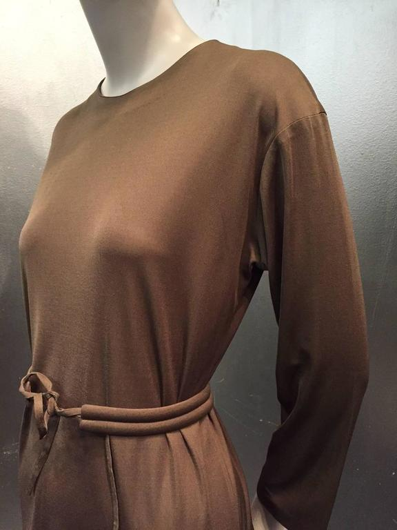 1970s Emilio Pucci Mocha Brown Silk Jersey Shift Dress with Matching Belt For Sale 1