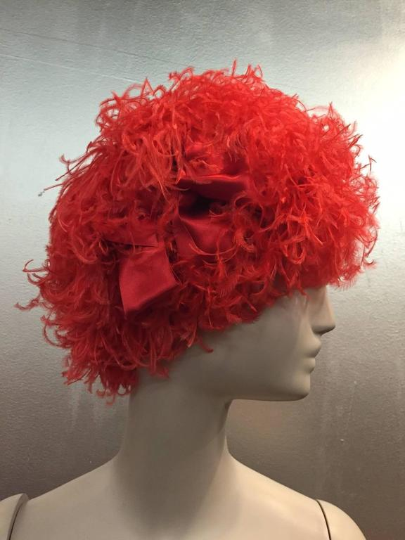 Women's 1960s Trébor Coral Red Curled Ostrich Feather Cocktail Hat For Sale