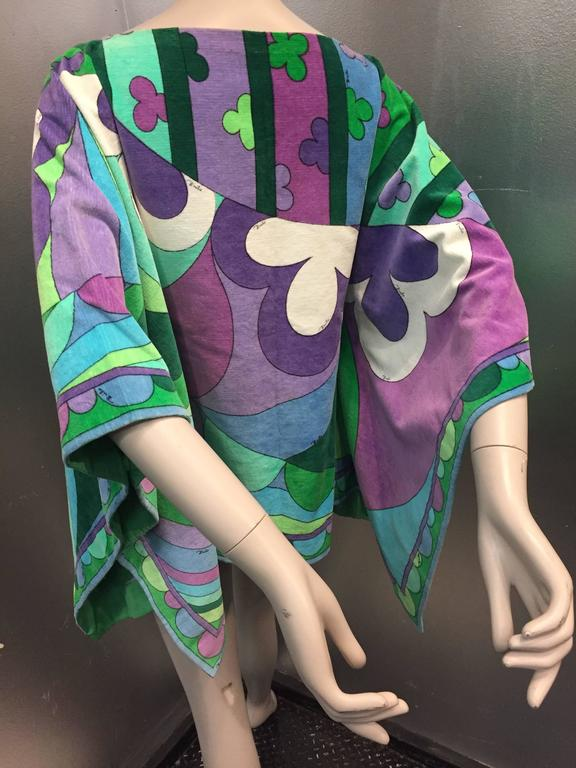 1960s Emilio Pucci Cotton Velveteen Poncho in Signature Pucci Print. For Sale 3