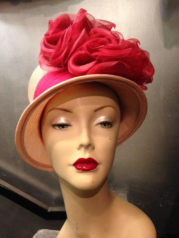 1960s Cathay Pale Pink Straw Flower Pot Hat w Extravagant Roses 2