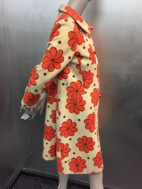 1960s Pierini Cream Italian Wool Coat in a Fabulous Orange Daisy Print 4