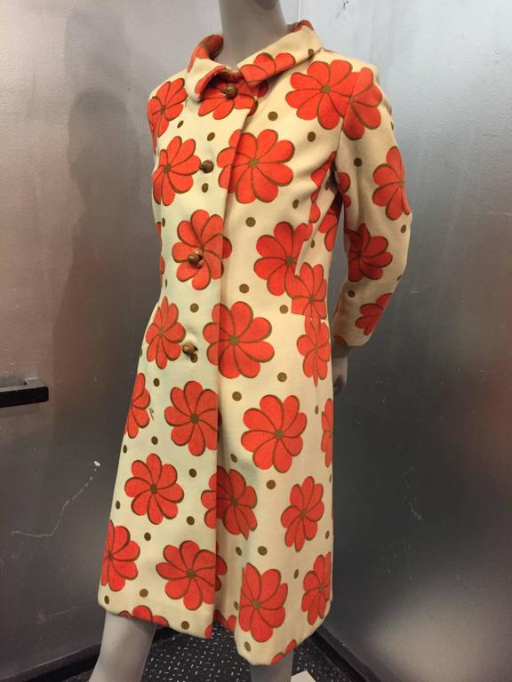 1960s Pierini Cream Italian Wool Coat in a Fabulous Orange Daisy Print 7