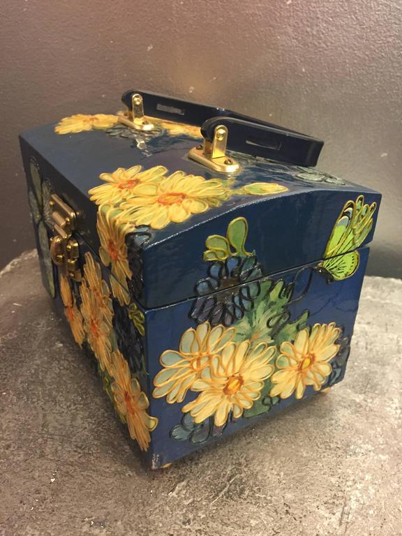 1960s Wooden Box Purse w Painted and Applied Flowers & Butterflies  In Excellent Condition For Sale In San Francisco, CA