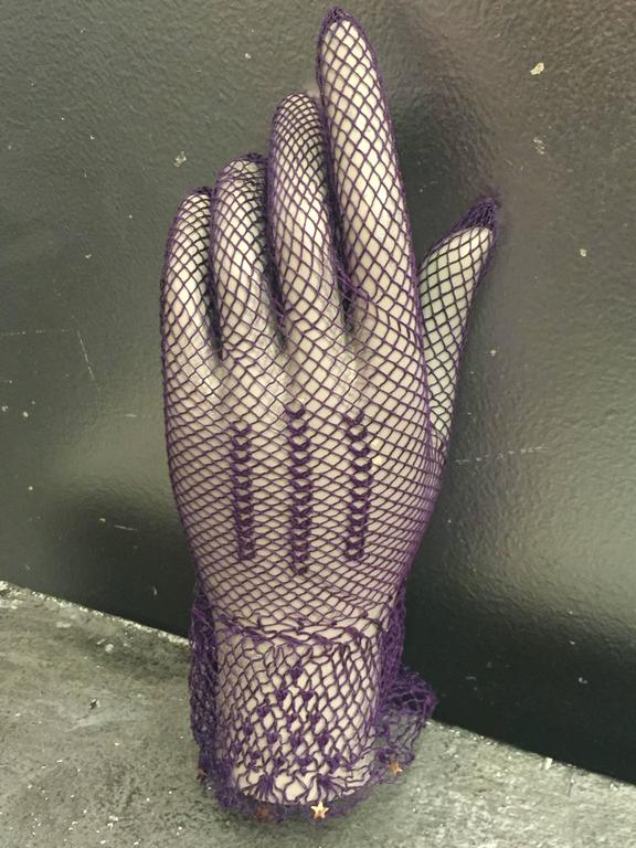 1930s Purple Cotton Crochet Gloves w Nice Details 3