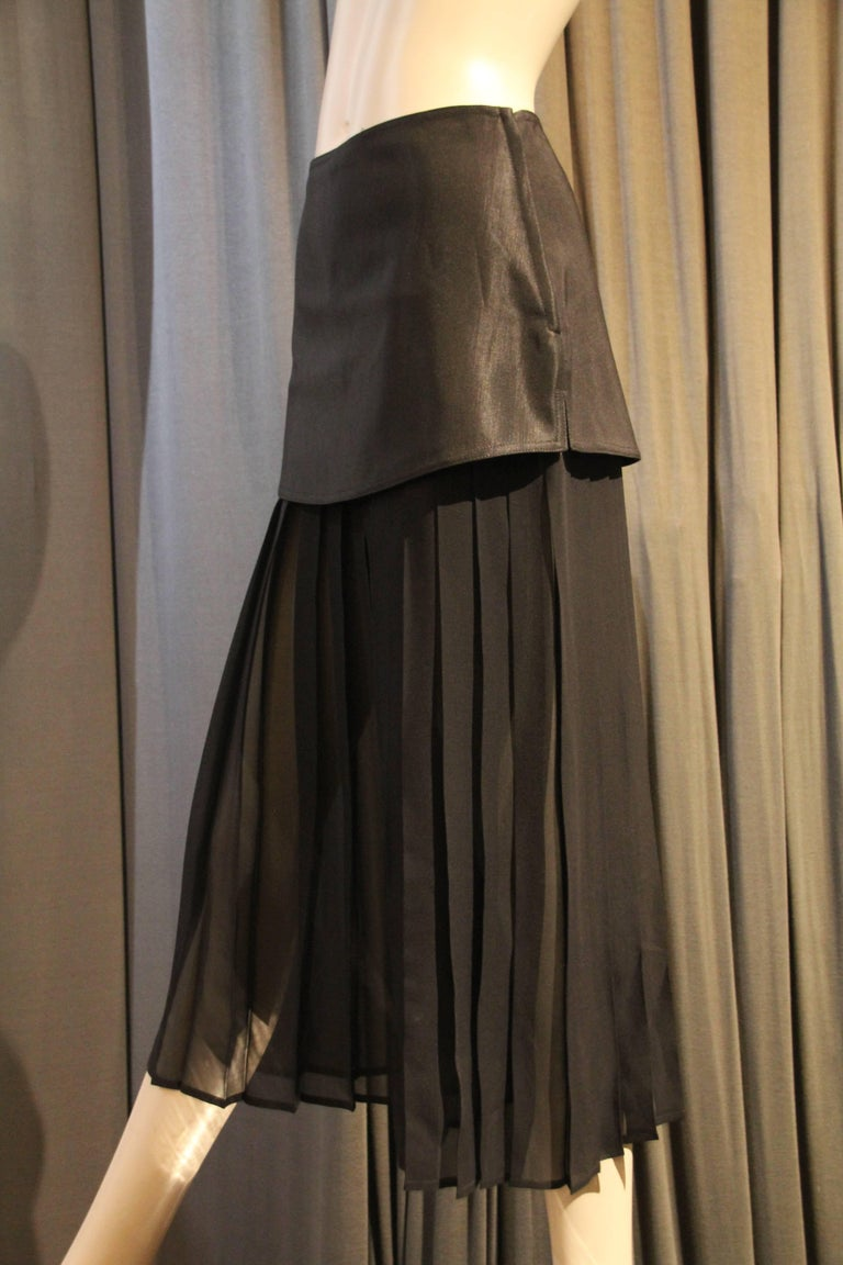 An avant garde 1980s Gianni Versace Japanese-Inspired pleated silk chiffon, cropped palazzo pant with textured rayon band or girdle of sorts that wraps around hips.