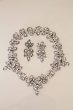 1980s Foliate Rhinestone Collar Necklace and Earrings - Classic!