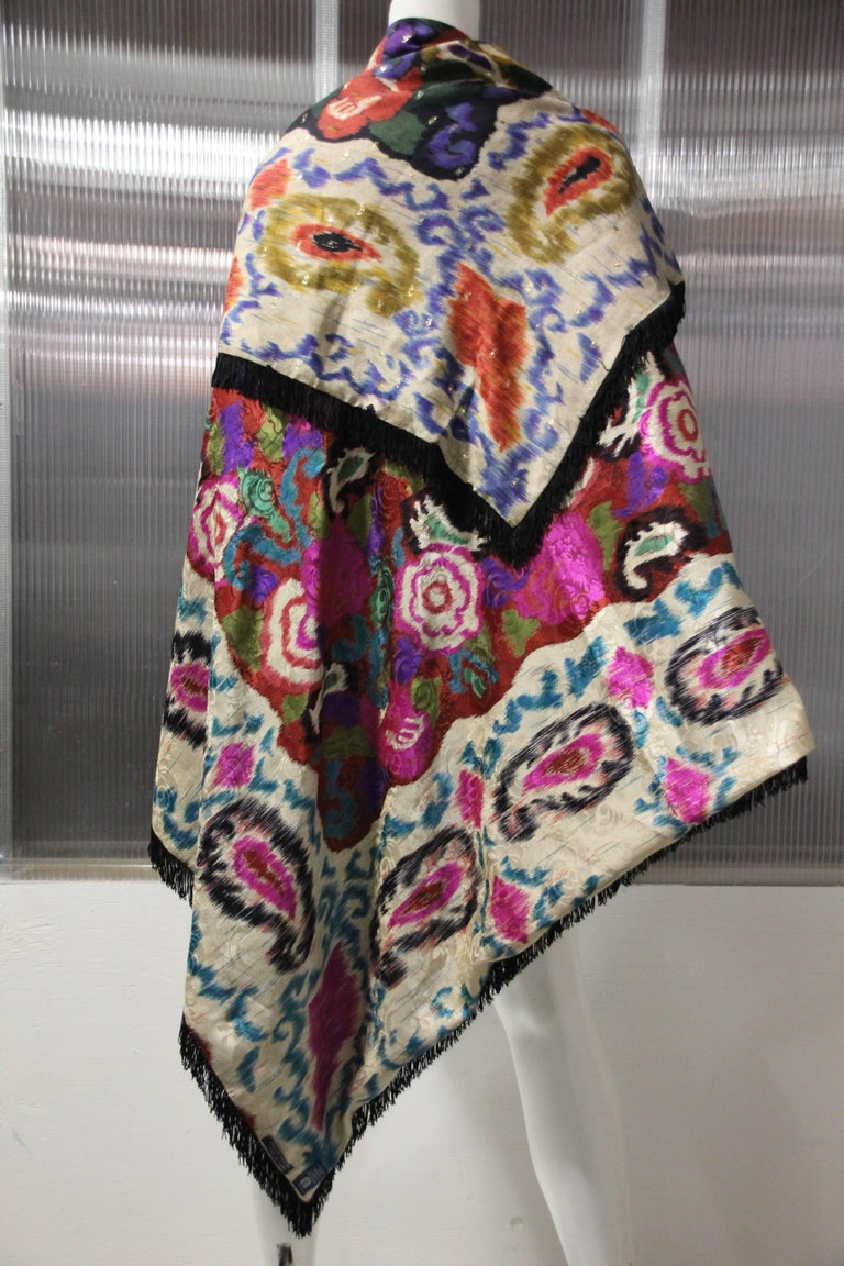 1980s Ungaro Double Silk Print Shawl With Black Fringe Trim & Large Tassels In Excellent Condition For Sale In San Francisco, CA