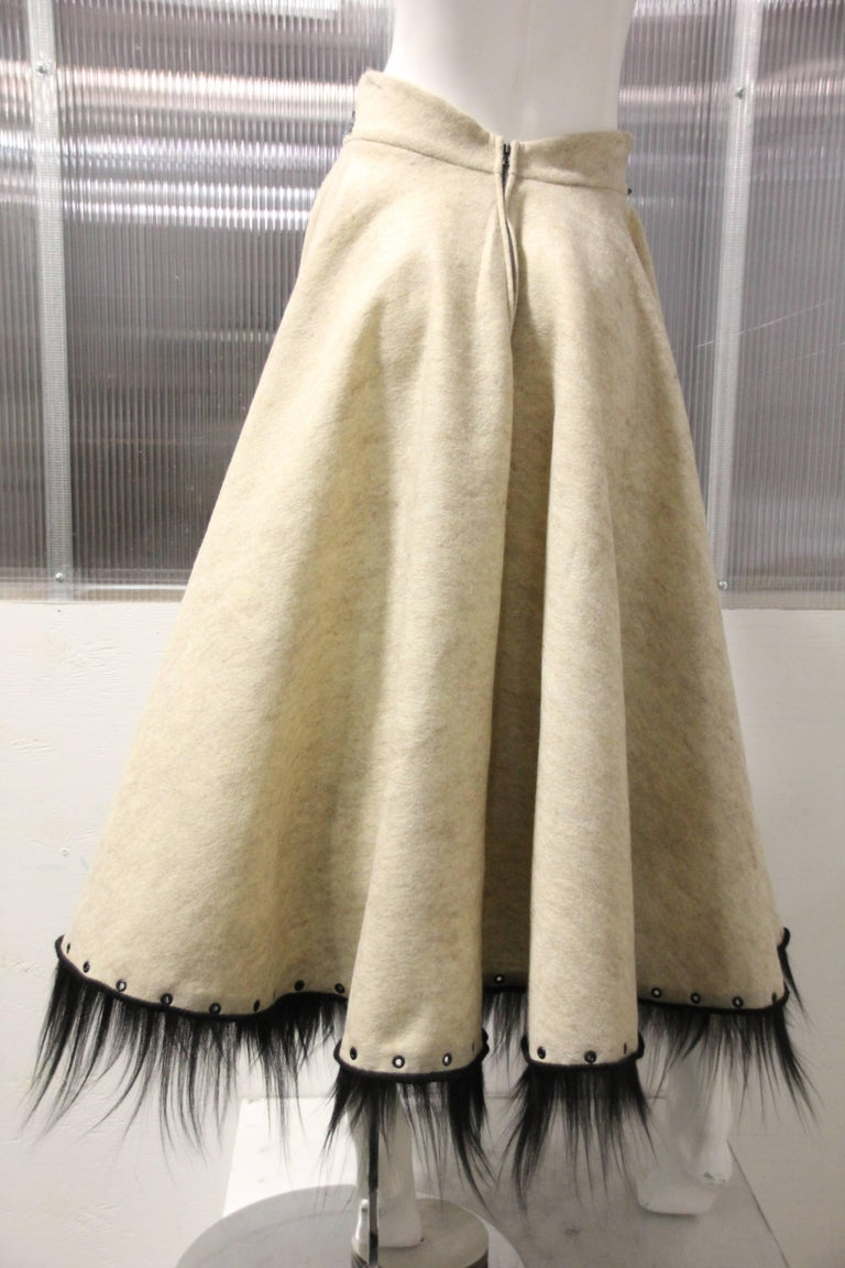 1950s-Style Felt Circle Skirt w Scroll-Work Applique and Black Fur Trim For Sale 1