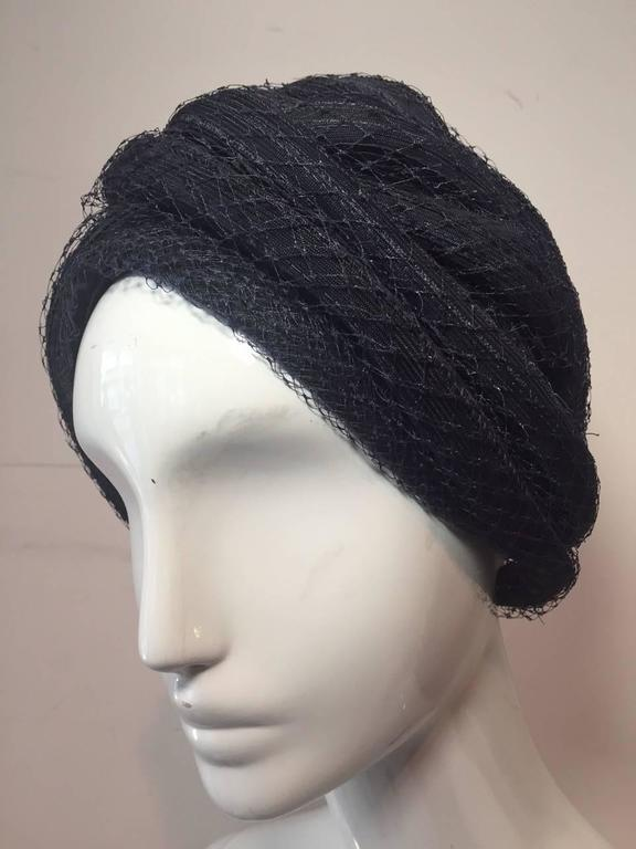 1960s Christian Dior Navy Blue Straw and Tulle Turban In Excellent Condition For Sale In San Francisco, CA
