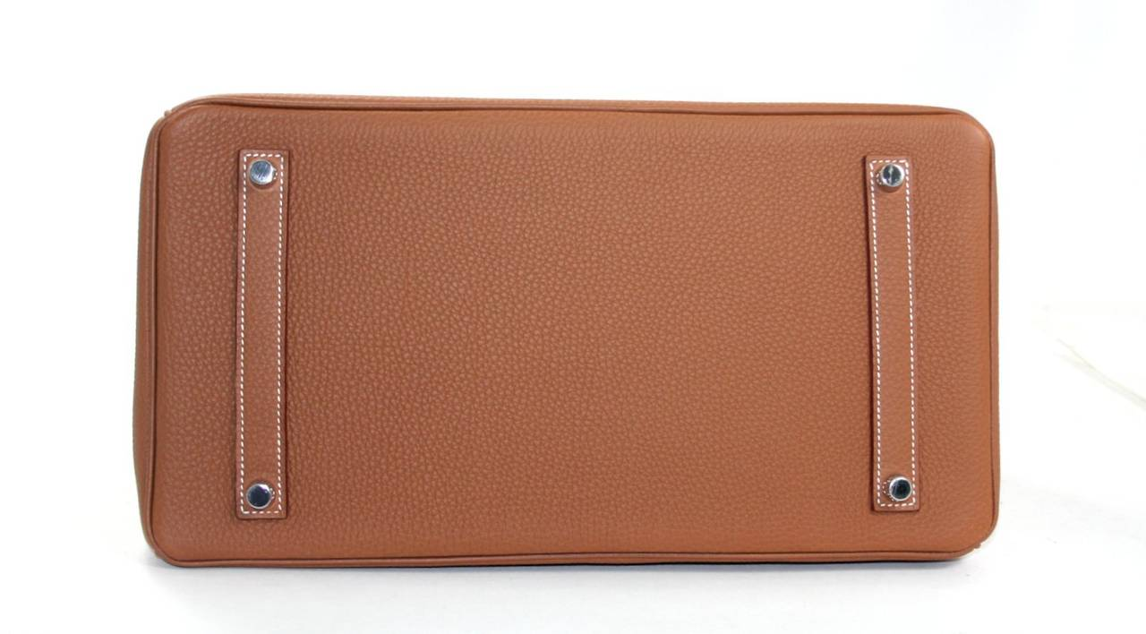 Hermes Birkin Bag in Gold Togo Leather PHW, 35 cm 4