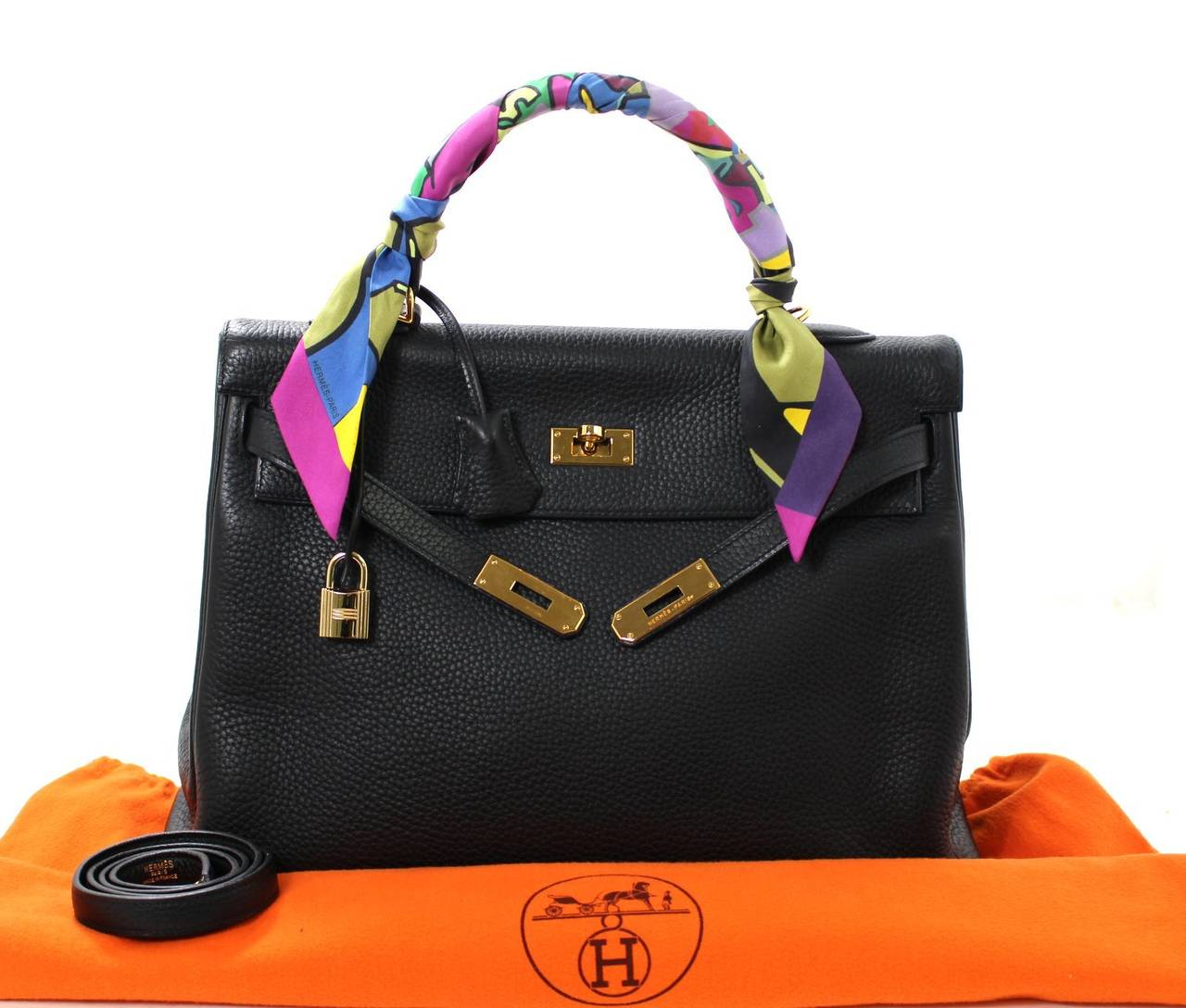 HERMES Kelly Bag- Black Clemence Leather with  Gold, 35 cm 8