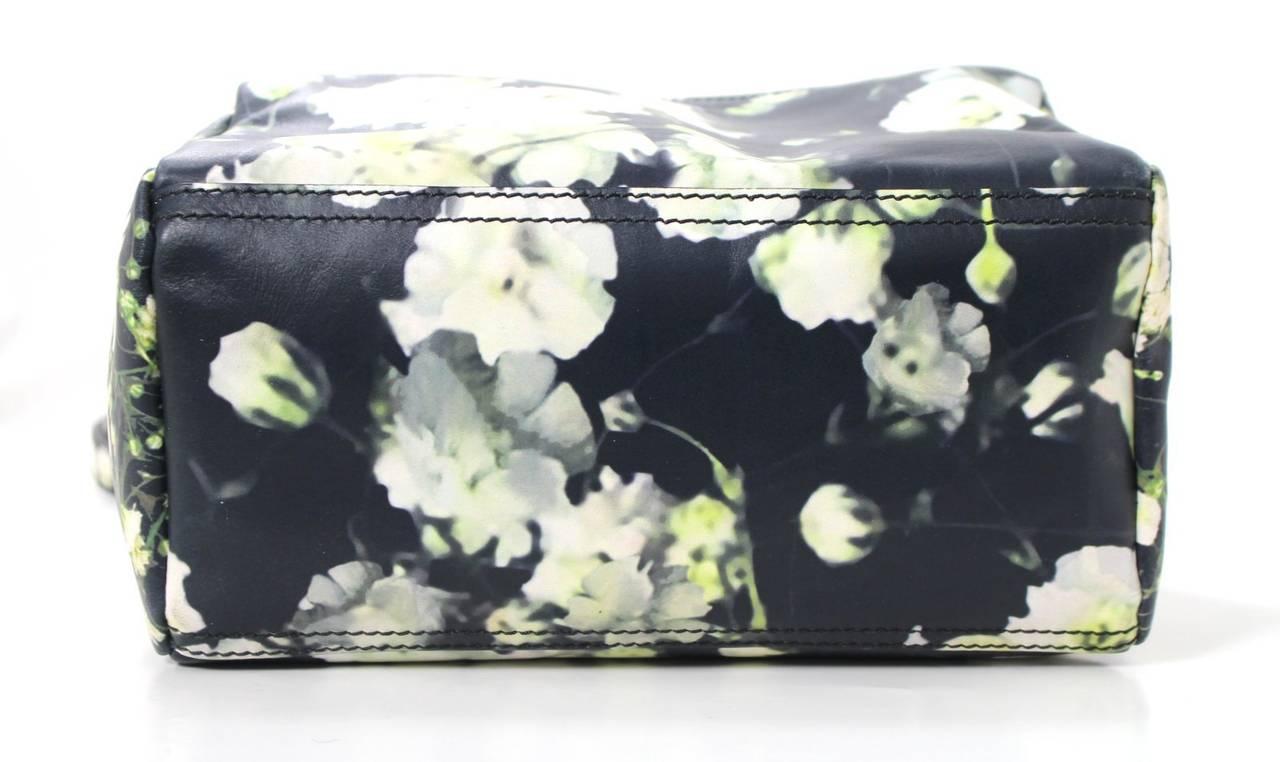 Givenchy Black Leather Babys Breath Pandora Messenger Bag 4