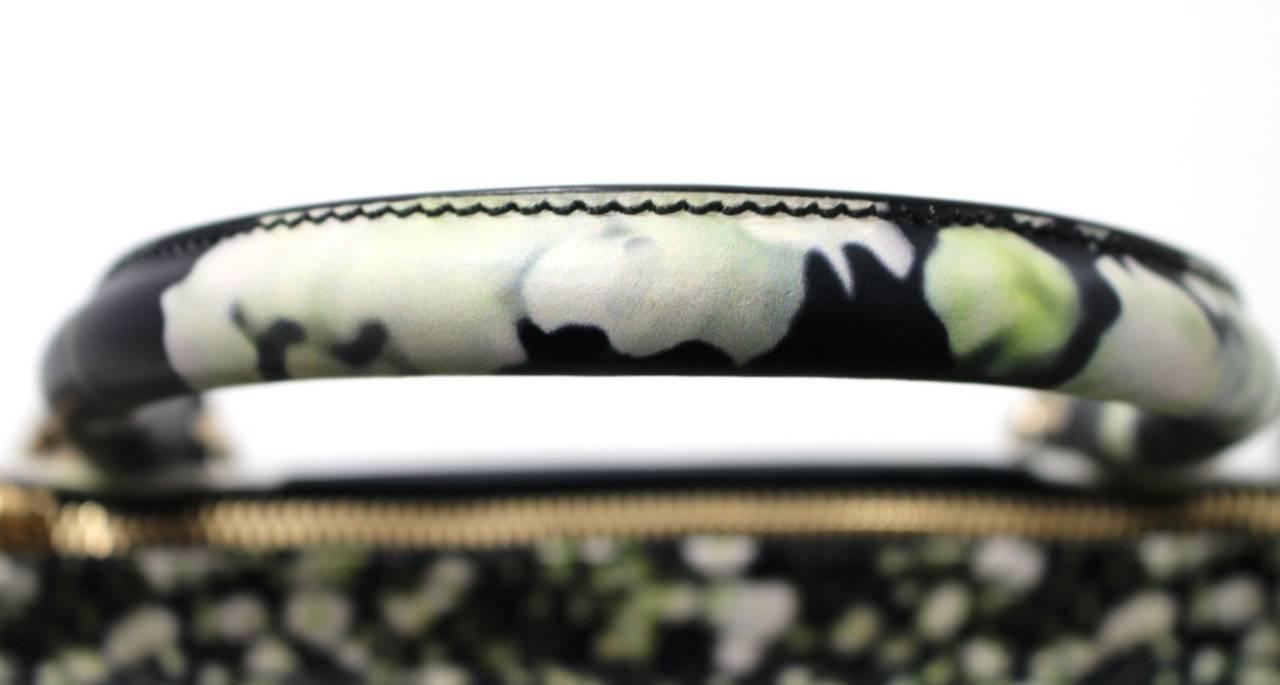 Givenchy Black Leather Babys Breath Pandora Messenger Bag 6