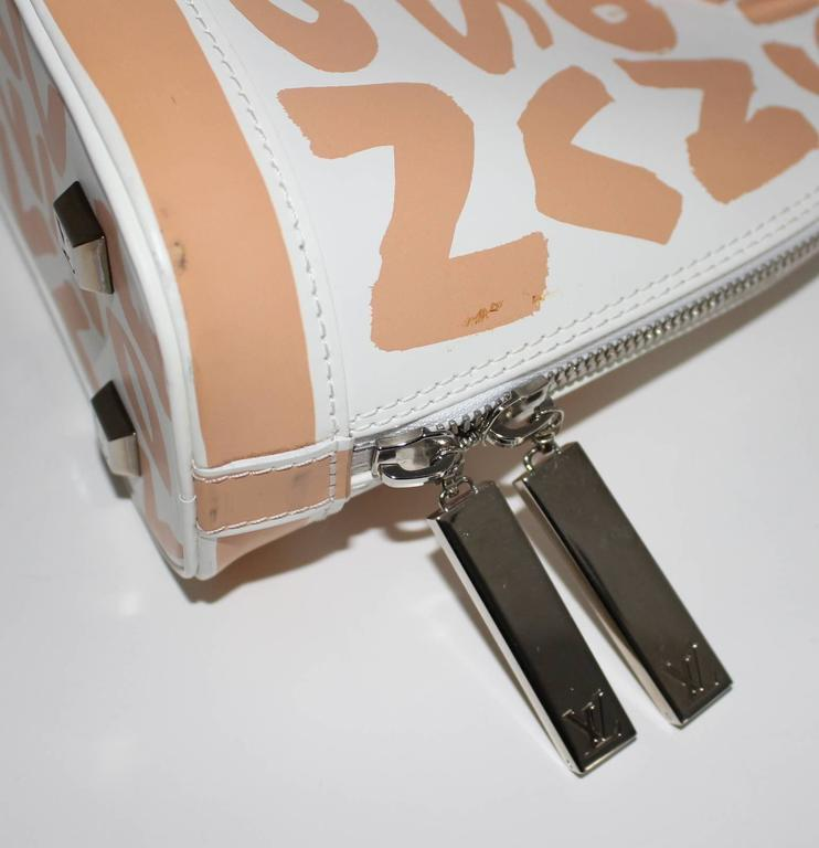 Louis Vuitton White and Beige Leather Graffiti Alma MM 6
