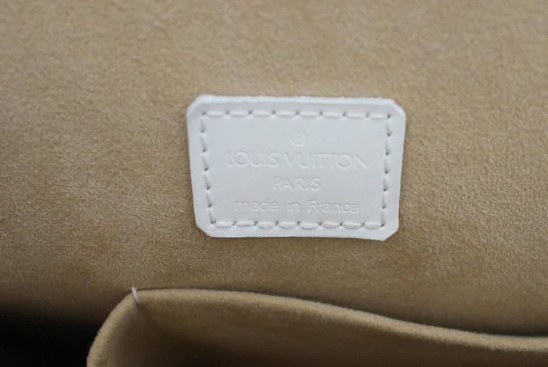 Louis Vuitton White and Beige Leather Graffiti Alma MM 8