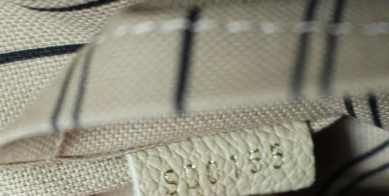 Louis Vuitton Dune Monogram Empreinte Leather Montaigne MM Bag 10