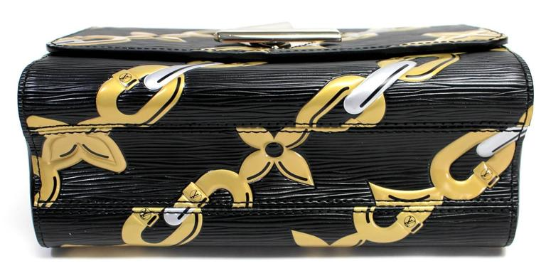 Louis Vuitton Chain Flower Epi Twist MM in Black Noir 4