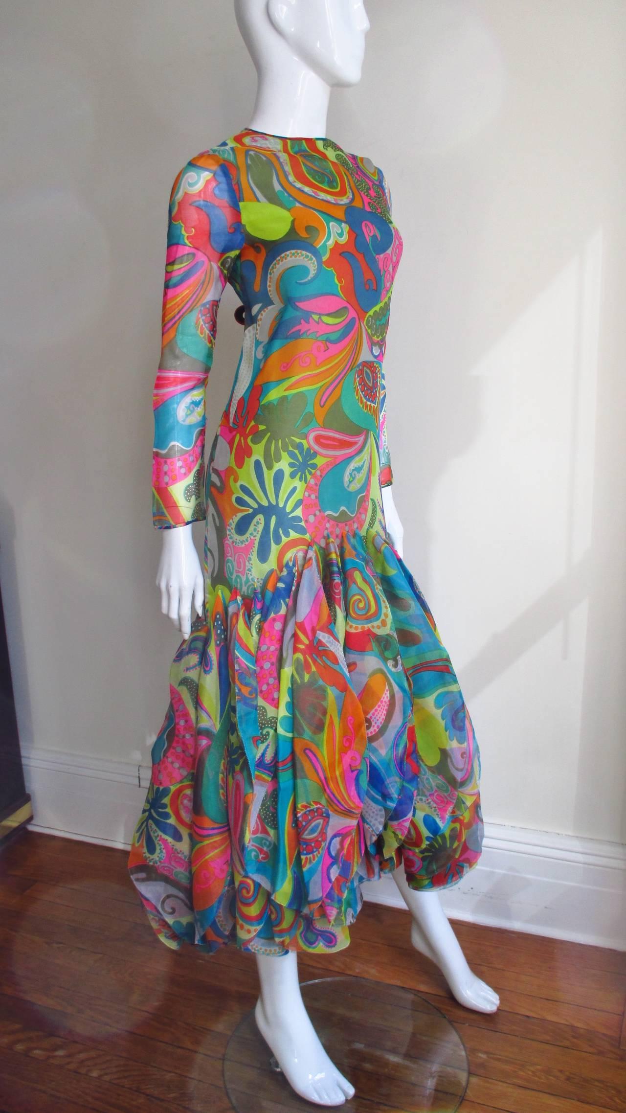 Incredible 1960s Pierre Cardin Psychedelic Orb Hem Dress 6