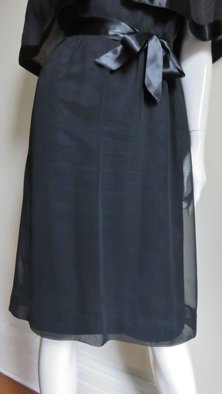 Women's Travilla Dress with Capelet 1970s For Sale