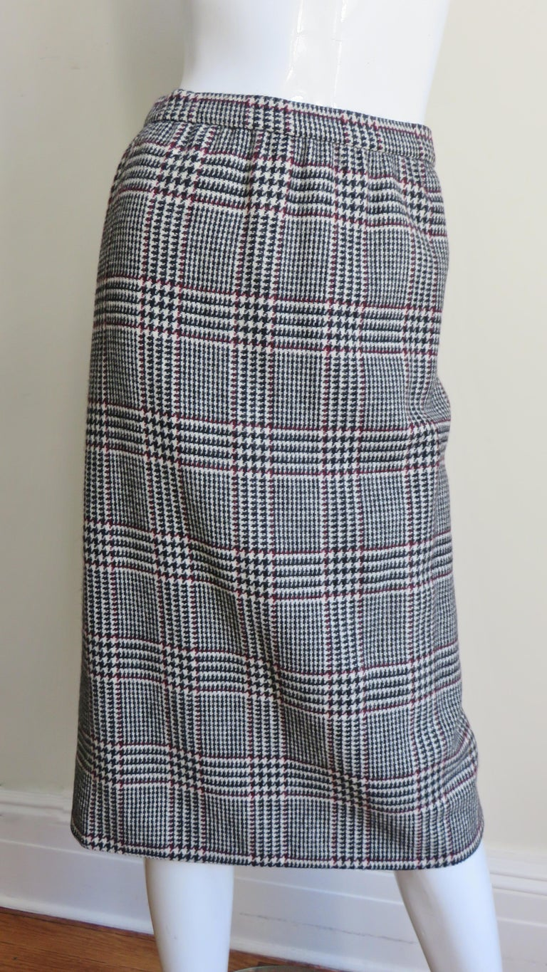 1970s Adele Simpson Wrap Coat and Matching Skirt For Sale 1