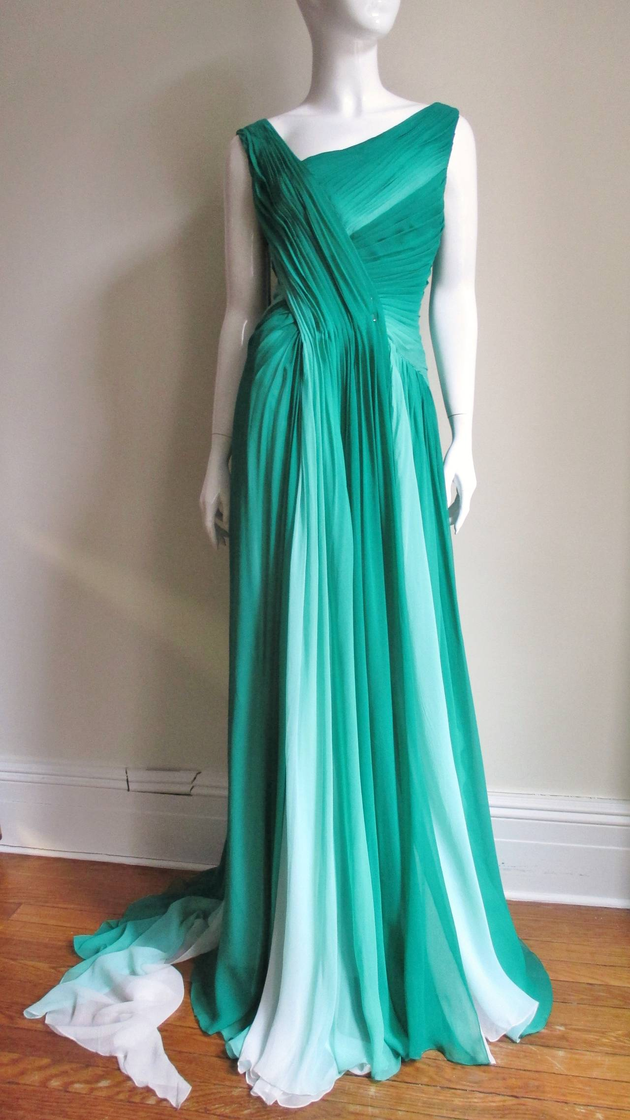 Monique L'huillier Emerald Silk Ombre Gown With Train For Sale 2