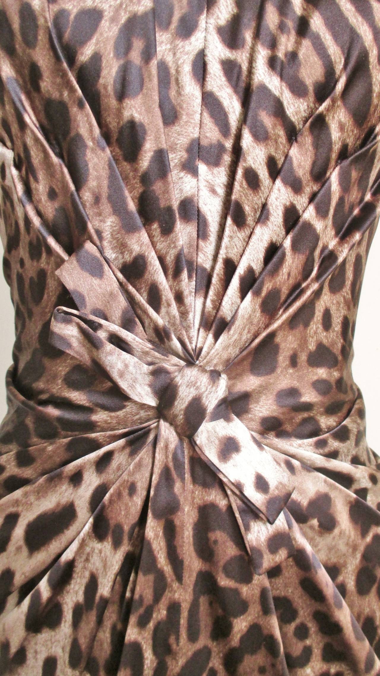 Dolce & Gabbana Silk Leopard Corset Bustier Dress In Excellent Condition For Sale In New York, NY