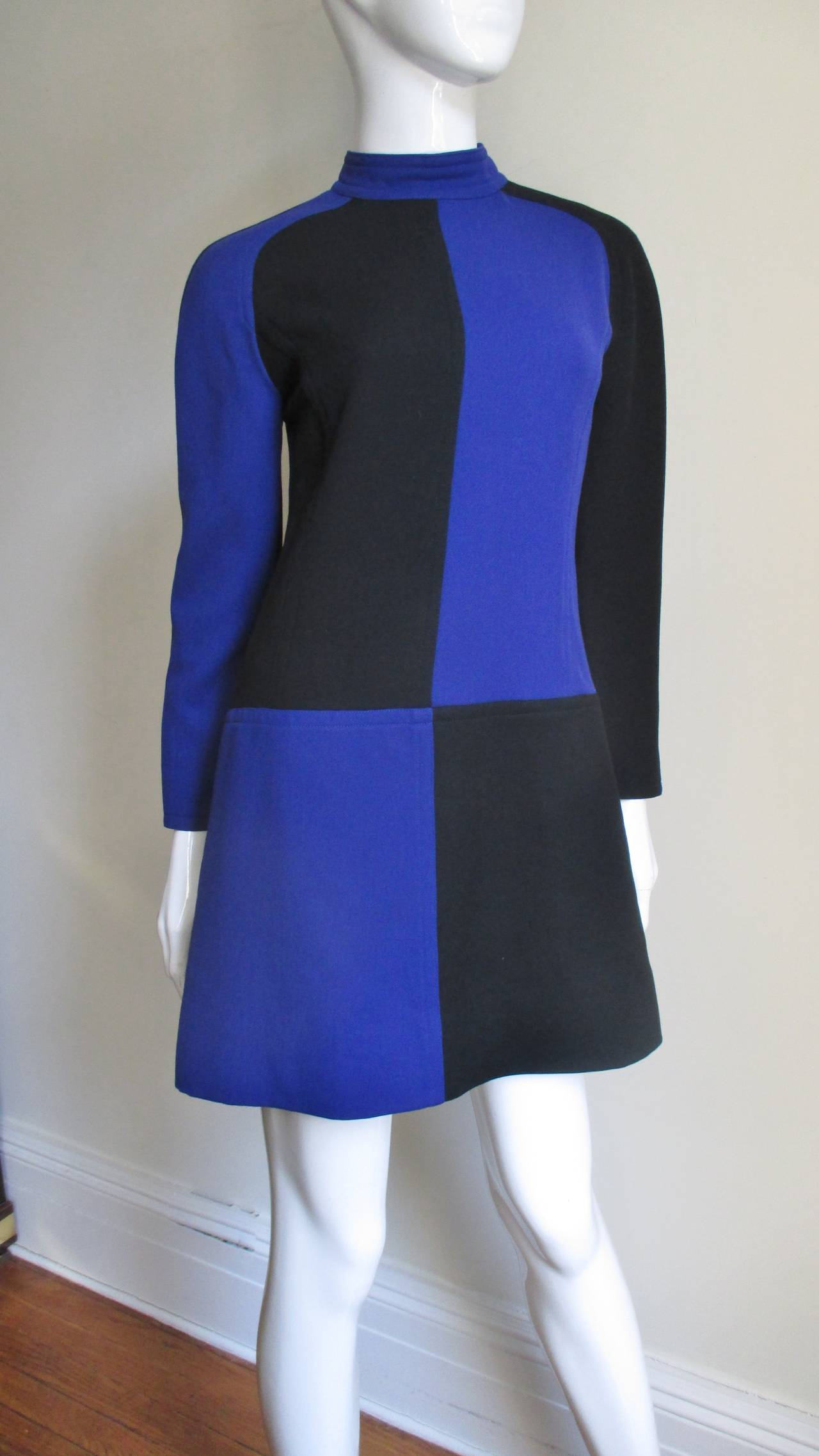 1970s Courreges Color Block Dress In Excellent Condition For Sale In New York, NY