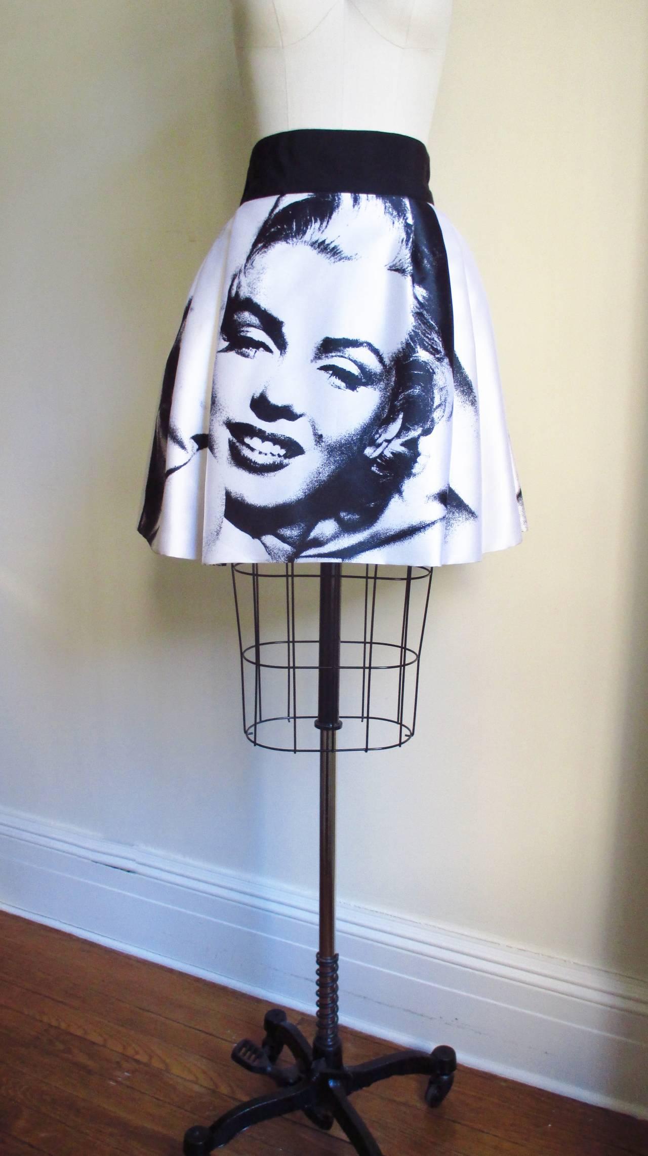 Iconic Marilyn Monroe Dolce & Gabbana Screen Print Skirt 8