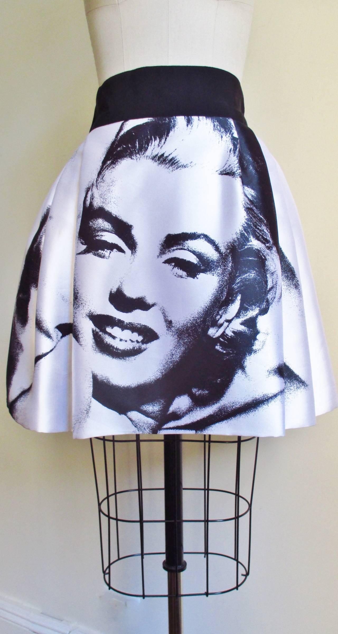 Iconic Marilyn Monroe Dolce & Gabbana Screen Print Skirt 5