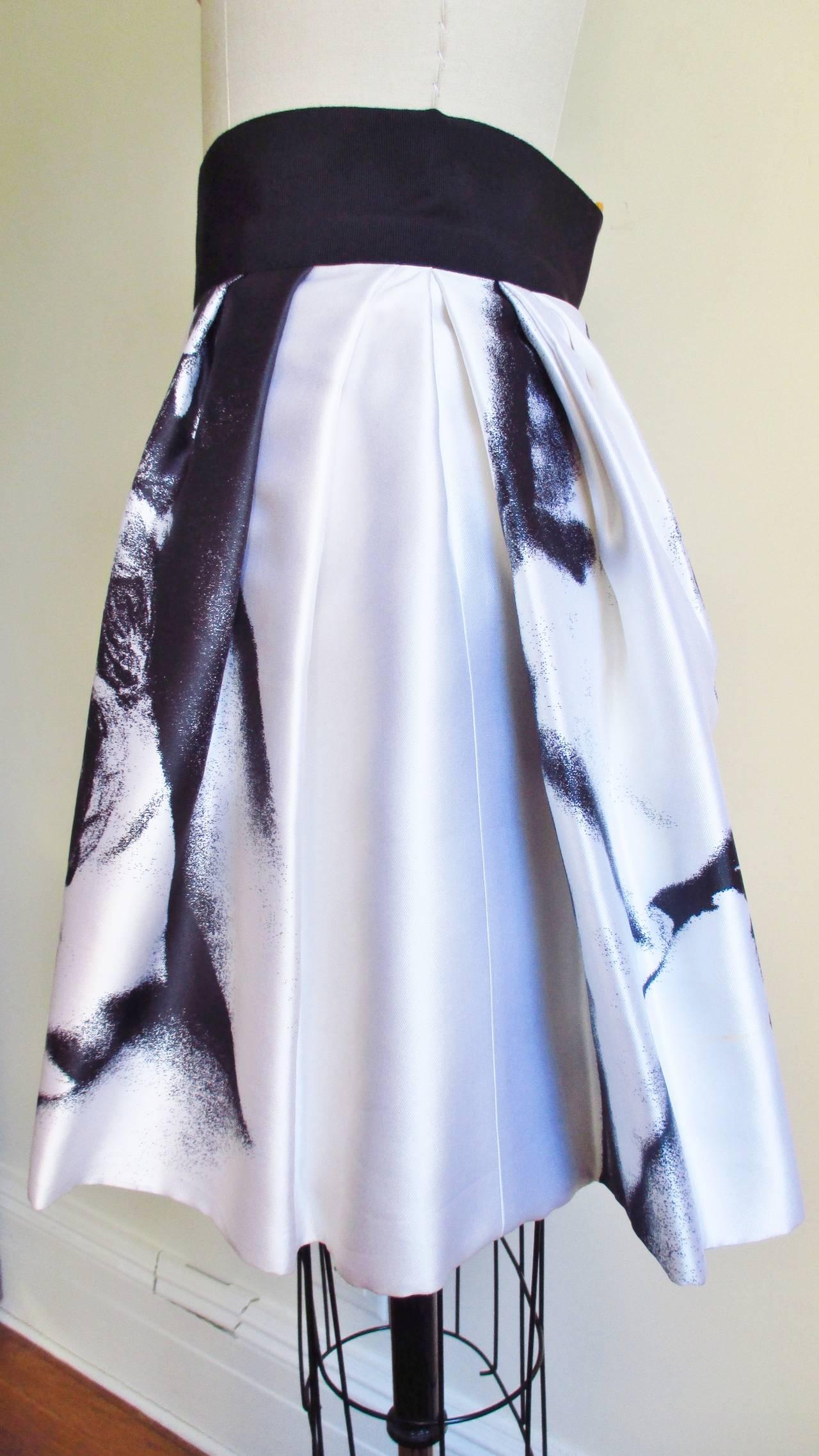 Iconic Marilyn Monroe Dolce & Gabbana Screen Print Skirt 7