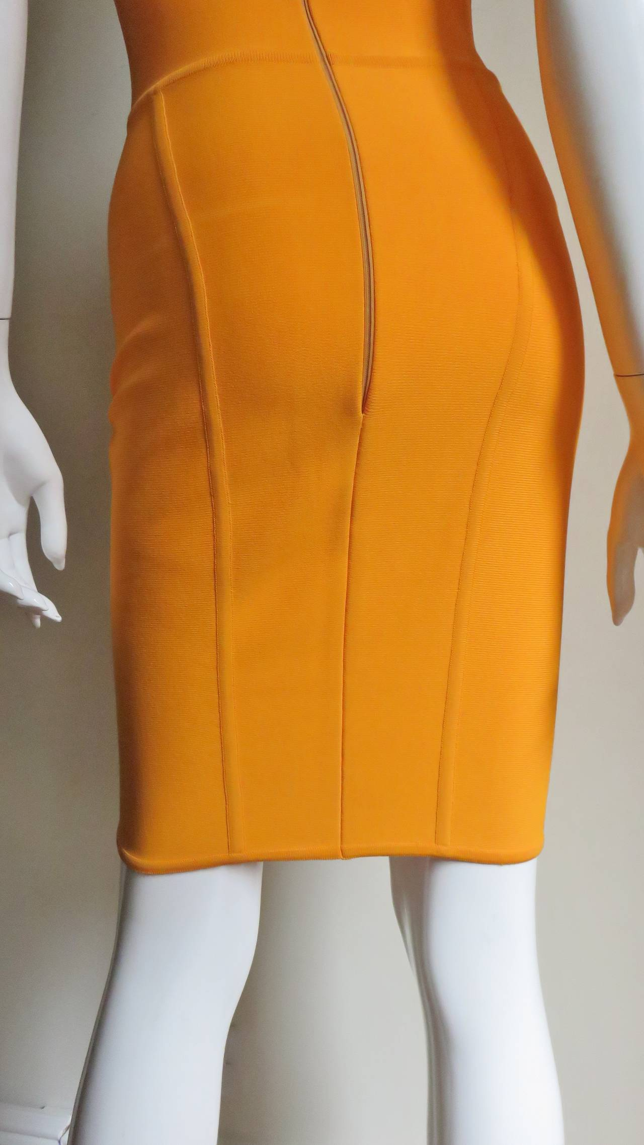 Vintage Herve Leger Bodycon Dress For Sale 3