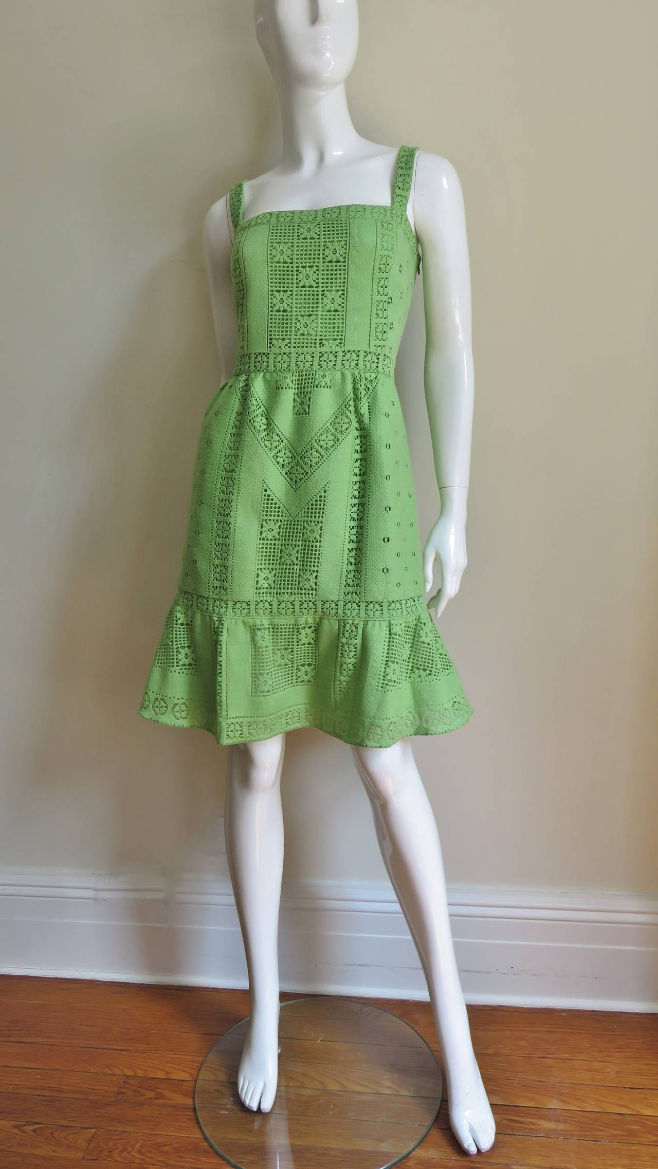 Fabulous Valentino Guipure Lace Dress 5