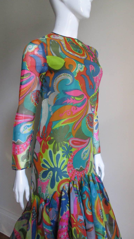 Incredible 1960s Pierre Cardin Psychedelic Orb Hem Dress 2