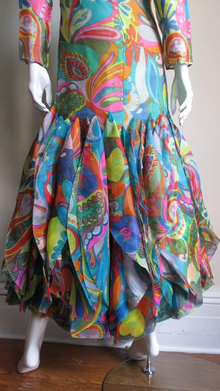 Incredible 1960s Pierre Cardin Psychedelic Orb Hem Dress 8