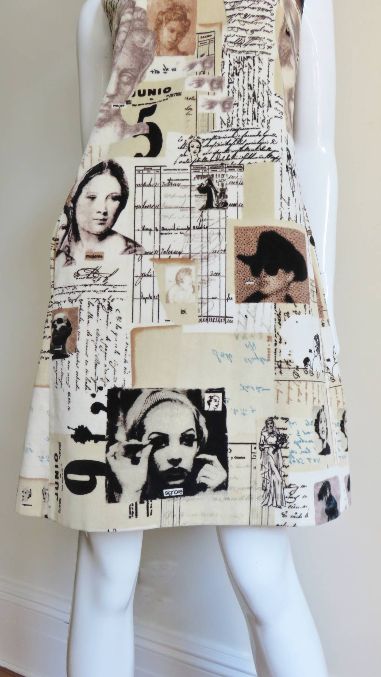 1990s Moschino Photo Screen Print Dress In New never worn Condition For Sale In New York, NY