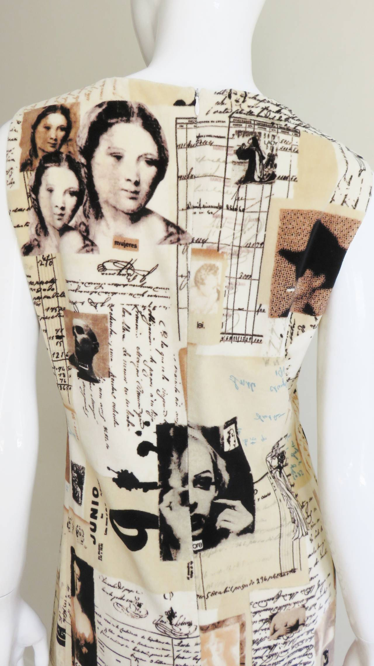 1990s Moschino Photo Screen Print Dress For Sale 2