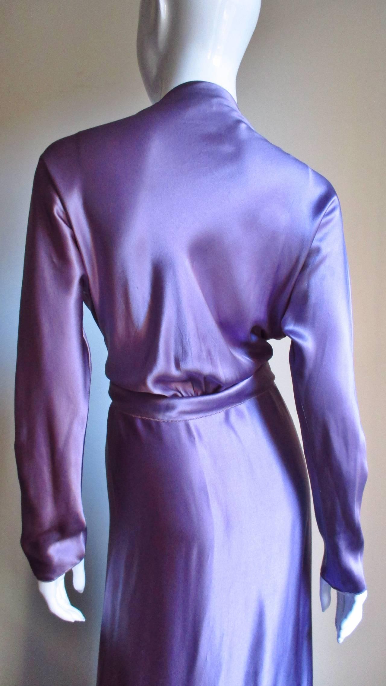 Jackie Rogers Silk Plunge Dress & Wrap For Sale 2