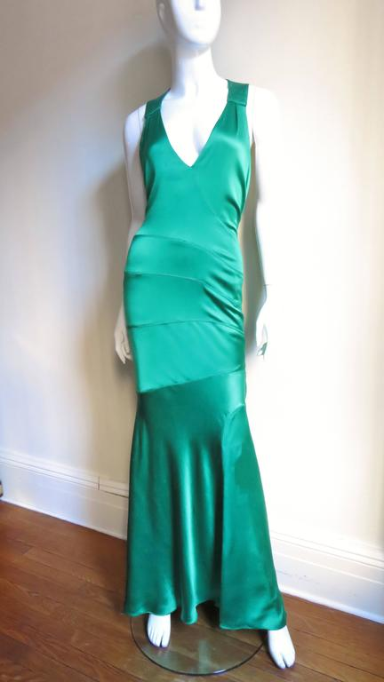 1990s Gianni Versace Silk Glamour Gown In Excellent Condition For Sale In New York, NY