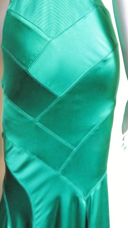 1990s Gianni Versace Silk Glamour Gown For Sale 2