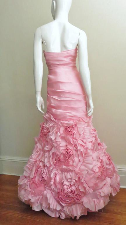 Stunning Monique Lhuillier Rose Applique Mermaid Gown For Sale 4