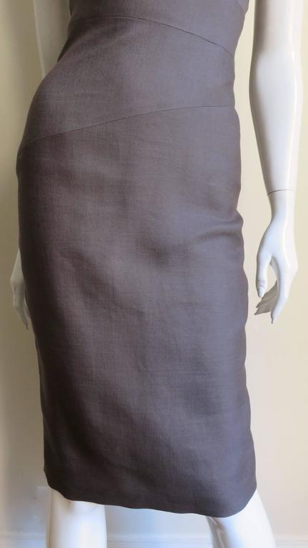 Versace New Spiral Seamed Dress In New never worn Condition For Sale In New York, NY