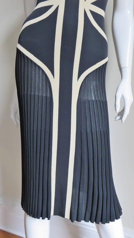 Alexander McQueen Geometric Color Block Bodycon Dress In Good Condition For Sale In Water Mill, NY