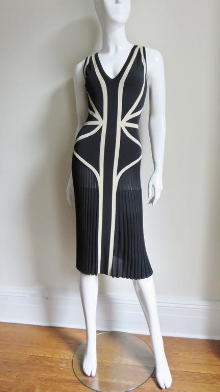 Alexander McQueen Geometric Color Block Bodycon Dress For Sale 1