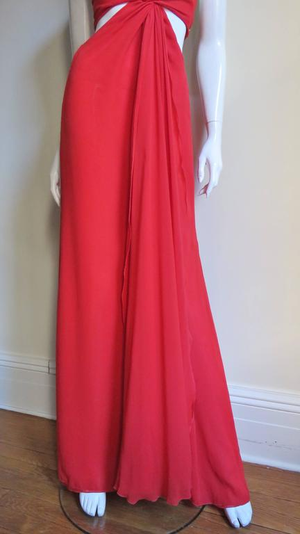 Women's Fabulous Valentino Plunge Gown With Cutout Waist