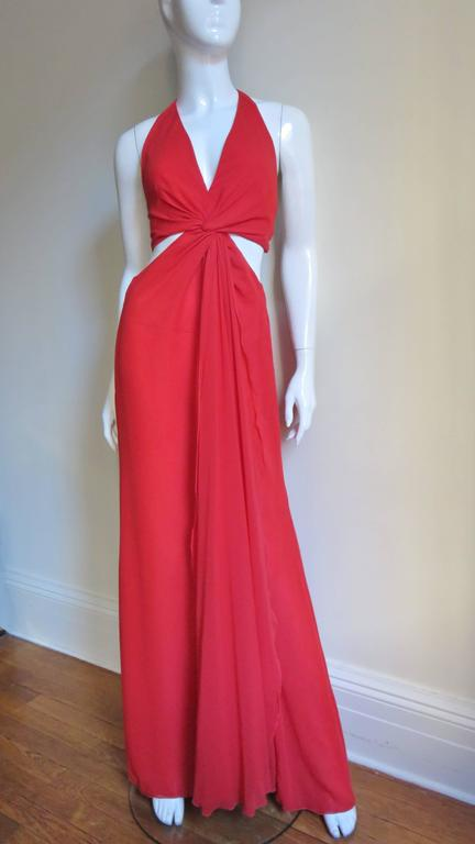 Fabulous Valentino Plunge Gown With Cutout Waist 1